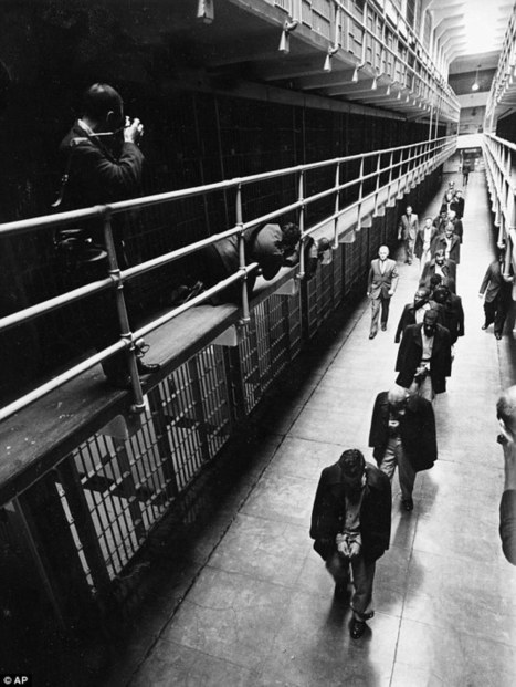 The final days of Alcatraz revealed in new photographs released for 50th anniversary of prison closing its doors for good   What's new in Visual Communication?   Scoop.it