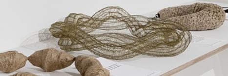 Bodensee Online Magazin- für Veranstaltungen, Gastronomie und Freizeit - «Body Jewels» Textiler Schmuck aus den Niederlanden und der Schweiz   TextielMuseum   Scoop.it