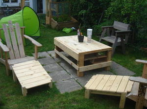 Chaises de jardin en palettes diy diy palet for Chaise de jardin en palette