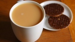 The end of the British cuppa? Traditional tea sales drop as consumers switch to green tea and coffee | Tea and Coffee | Scoop.it