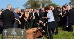 Friel laid to rest outside Donegal town he put on world stage | The Irish Literary Times | Scoop.it