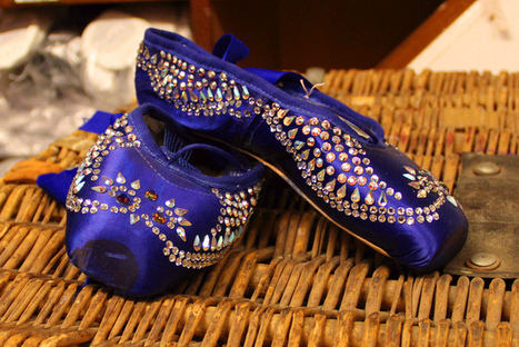 Pointe Shoes Room: A look at the caterpillar's feet in Alice   Ballet   Scoop.it