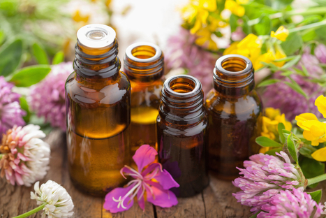 11 Therapeutic Essential Oils to Combat Icky Winter Cold Symptoms | From The Herb Cottage | Scoop.it