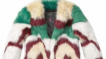 Designers have it covered with fab faux fur. For real. - Los Angeles Times | Designed influence | Scoop.it