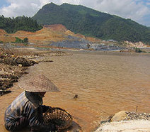Life on Mekong Faces Threats As Major Dam Begins to Rise | Human Rights Issues: The Latest News | Scoop.it