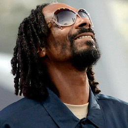Snoop Lion Opens Up About His Pimp Past | Escorts | Scoop.it