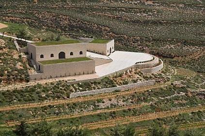 Je suis franc, je ne vais pas vous parler des vins du Liban mais d'1 Vin du Liban : le blanc du domaine de Baal | Charliban Lebnen | Scoop.it