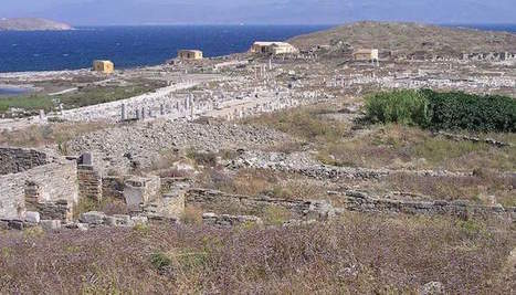 Ancient Theater of Delos Hosts Play for Refugees After 2,000 Years | LVDVS CHIRONIS 3.0 | Scoop.it