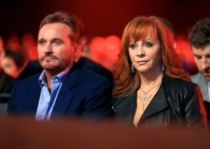 Reba McEntire splits with husband after 26 years of marriage | Country Music Today | Scoop.it