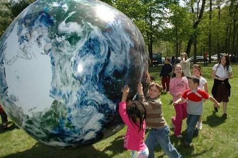 Ας δώσουμε τον κόσμο στα παιδιά   BUILDING THE NEW HUMANITY - ΟΙΚΟΔΟΜΩΝΤΑΣ ΤΗ ΝΕΑ ΑΝΘΡΩΠΟΤΗΤΑ   Scoop.it
