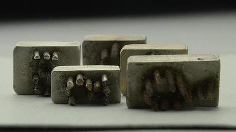 Descubren las placas con las que se marcaba a los prisioneros en Auschwitz | Segunda Guerra Mundial Rebeca Mosteiro | Scoop.it