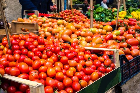 Why #fruits and #vegetables taste better in #Europe and suck in the #USA | Messenger for mother Earth | Scoop.it