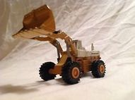 IH International Front End Wheel Loader 1986 Ertl Mighty Movers | Introducing, Bulldozer! | Scoop.it