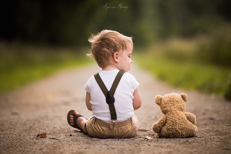 A Father's Touching Photos of His Two Sons and Their Teddy Bear | xposing world of Photography & Design | Scoop.it