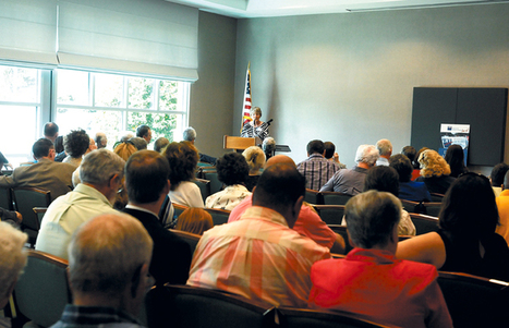 Blount League of Women Voters hosts County Commission candidate forum | Tennessee Libraries | Scoop.it