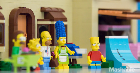 We Built the Entire Lego 'Simpsons' House in One 10-Hour Sitting | LEGOtomie | Scoop.it