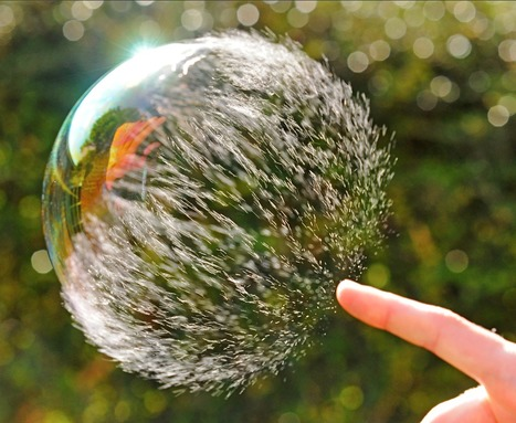Google Image Result for http://www.simplentertainment.com/wp-content/uploads/2011/02/bubble-burst.png | THE ONE | Scoop.it
