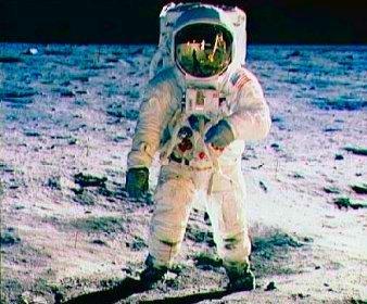 Apollo 11 | Topical English Activities | Scoop.it