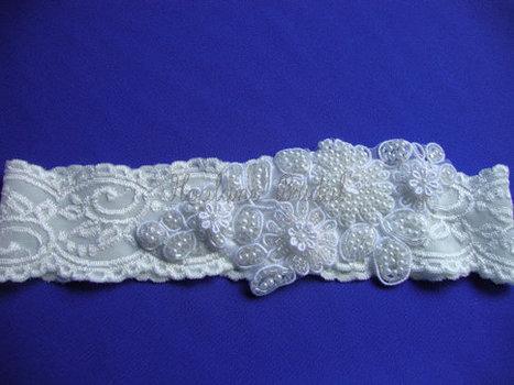 Lace Garter, Ivory stretchy lace Garter, Ivory Bridal Garter, Wedding Garter | Wedding Garters | Scoop.it