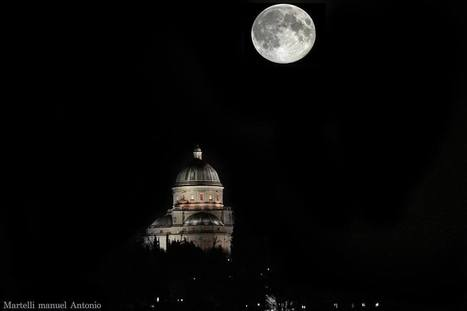 Todi by night   Living In Italy   Scoop.it