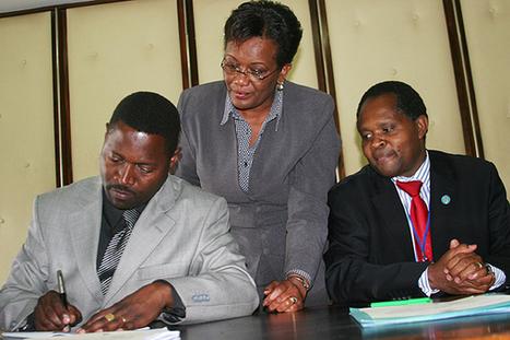 University staff issue strike warning | Kenya School Report - 21st Century Learning and Teaching | Scoop.it