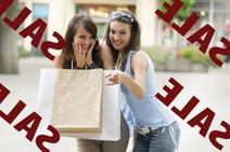 Women Shop Online, But Still Buy in Stores   Flow: Retail   Scoop.it