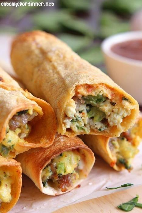 Baked Sausage, Spinach And Egg Breakfast Taquitos | Daily Dose of Creativity | Scoop.it