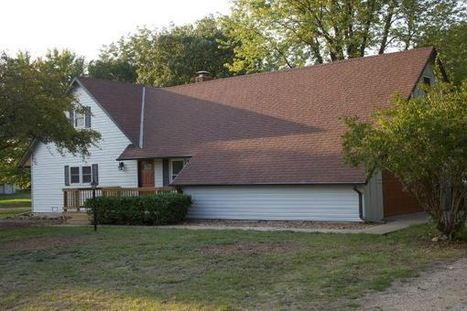 House Near Lake! (3640 SE 27Th ST (27TH & CROCO)) for Sale | houses for sale in kansas | Scoop.it