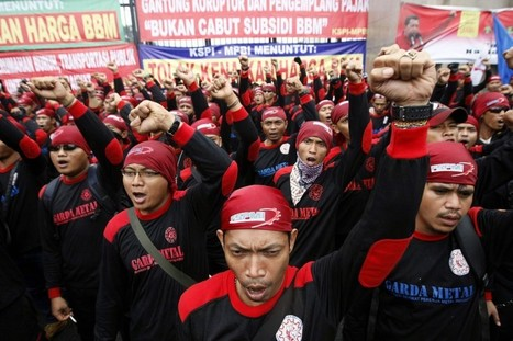 Indonesian Workers Stage Nationwide Strike Over Pay | Micah's world history page | Scoop.it