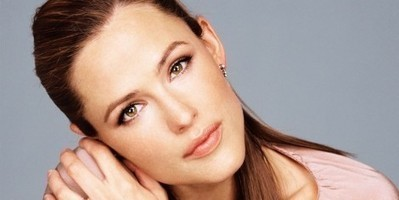 Celebrity Beauty Secrets: How Jennifer Garner Stays Young | Celebrity Secrets | Scoop.it