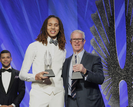 Brittney Griner, Lesbian WBNA Player, Tells Youth 'Be Who You Are' At GLAAD ... - Huffington Post | Sports Ethics: Watson, T. | Scoop.it
