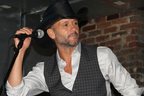 Tim McGraw Celebrates 'Sundown Heaven Town' With Private Party, Radio Tour | Country Music Today | Scoop.it