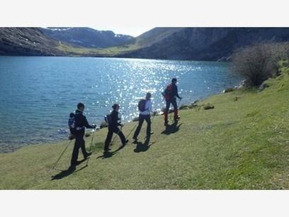29 DE JUNIO, Sábado: SENDERISMO Y NORDIC WALKING POR EL MACIZO OCCIDENTAL DE PICOS. - Casa de la Montaña | Auténticas Botas | Scoop.it