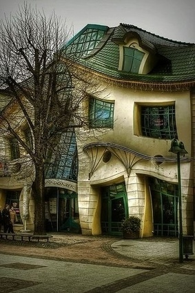 Top 10 Strangest Buildings in the World   Incredible Pictures   Loveable Architecture   Scoop.it