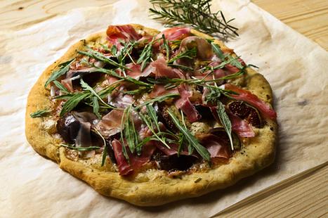 Pizza Bianca With Fresh Figs, Prosciutto & Arugula | novedades | Scoop.it