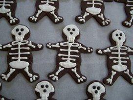 Meme's: Chocolate Skeleton Cookies | Halloween & Spooky Fun Stuff~ | Scoop.it