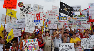 Tea Party and Occupy Wall Street Movements Find Common Ground | MN News Hound | Scoop.it