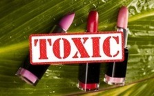 Lipsticks and Other Cosmetics Carry Toxic Risks ... - Natural Society | peaceful lady | Scoop.it