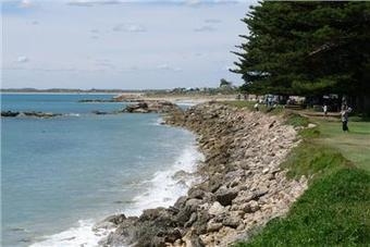 Lakeside Tourist Park Robe SA Accommodation: Caravan Parks, Tourist Parks, Holiday Parks, Products, Services & Accommodation   Go See Australia   Scoop.it