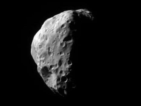 APOD: 2005 August 24 - Epimetheus: A Small Moon of Saturn | Loki Mars Promotes | Scoop.it