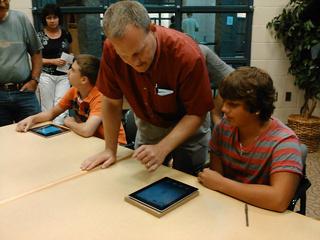 Zeeland students get iPads | WOOD TV8 | The iPad Classroom | Scoop.it