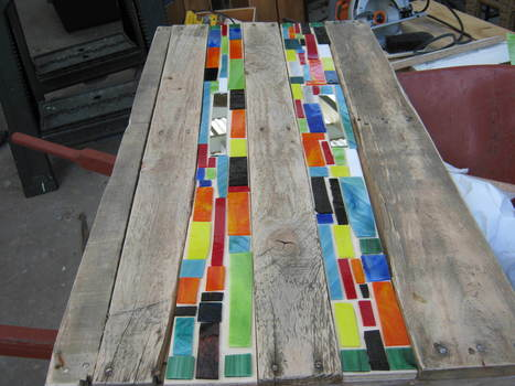 Mosaic Pallet Table | Upcycled Objects | Scoop.it