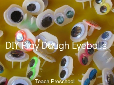 DIY eyeballs for our play dough spiders | Teach Preschool | Scoop.it