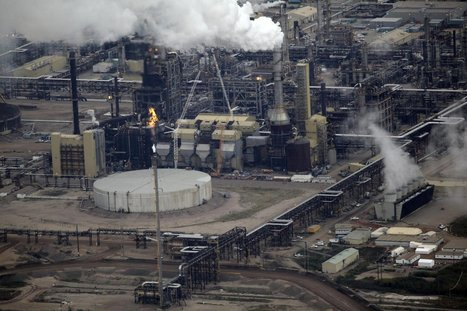 Oil crash pushing Fort McMurray to the breaking point | Canada and its politics | Scoop.it