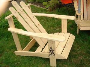 Ensemble de 3 chaises de jardin recyclées en bois #palettes sur le #coindesbricoleurs   Best of coin des bricoleurs   Scoop.it