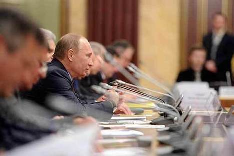 Putin vows to halt Russia's population plunge with babies, immigrants | iGCSE Articles | Scoop.it