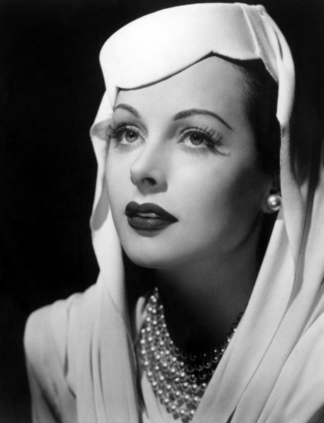 Most beautiful scientist in the world- Hedy Lamarr - Xinhua | English.news.cn | curating your interests | Scoop.it
