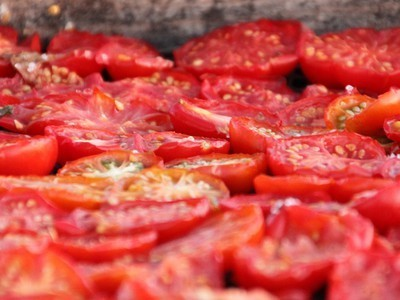 5 Tasty Ways to Eat Your Tomato Harvest All Year | skillful means for conscious living | Scoop.it