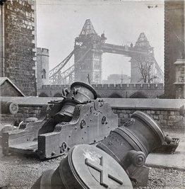 Retronaut - c. 1893: Completing Tower Bridge   Sir William Arrol   Scoop.it