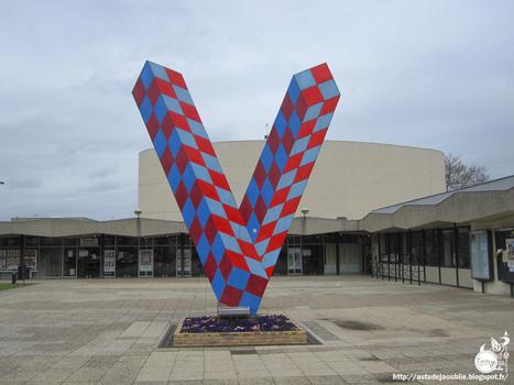 Victor Vasarely: V | Art Installations, Sculpture, Contemporary Art | Scoop.it